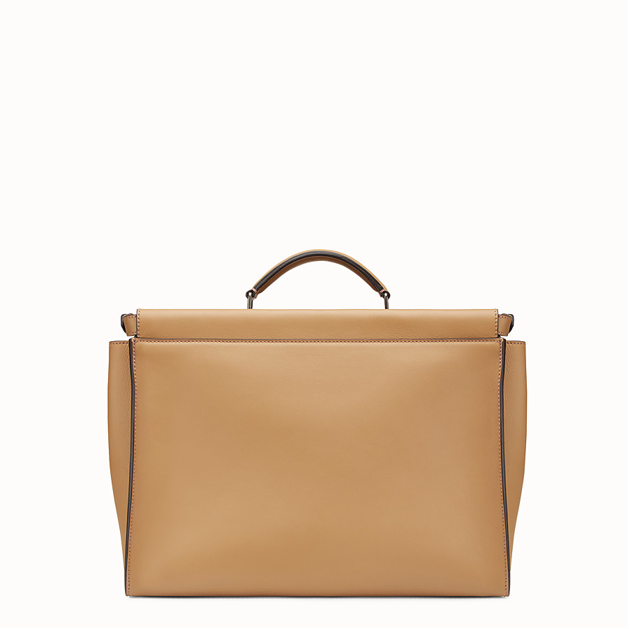 Peekaboo - Sand-coloured leather bag
