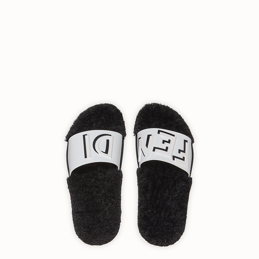 Slides - White TPU Fussbet sandals