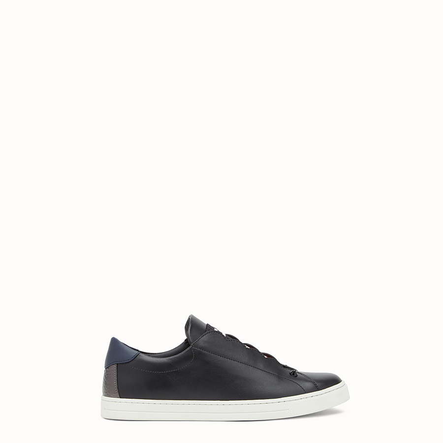 Sneaker - Black stretch leather slip-ons