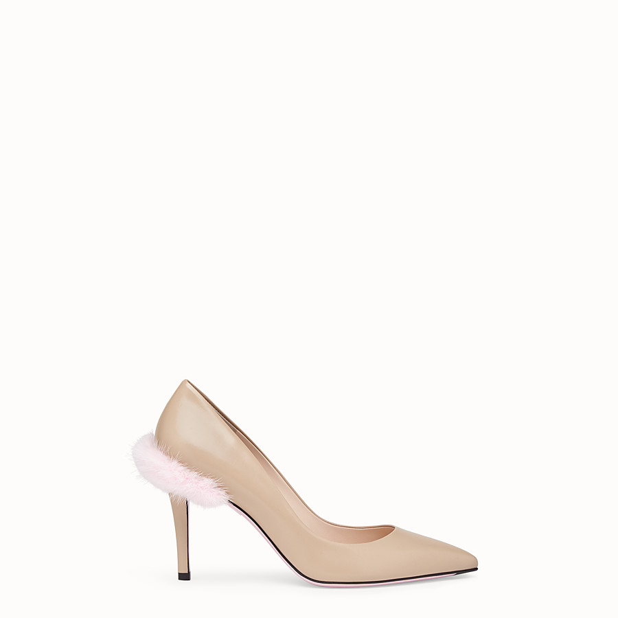 Court Shoes - Beige leather court shoes